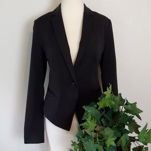 NWT Metaphore Fitted One Button Black Blazer; 6